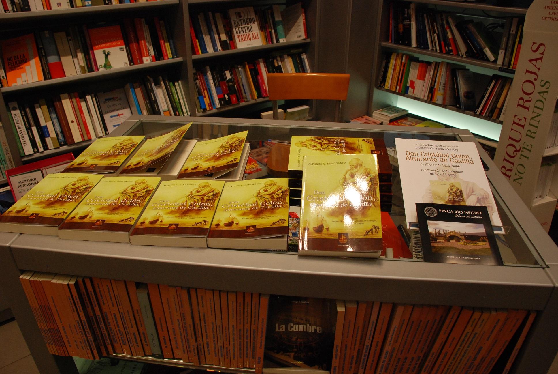 Firma de libros en Troa(4) reducido